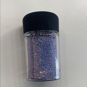 MAC Cosmetics 3D Glitter